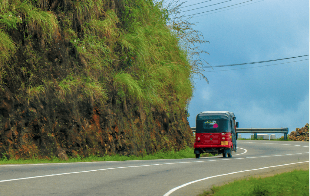 cost of drivers guide in sri lanka